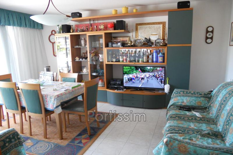 Photo n°3 - Vente appartement Saint-Laurent-du-Var 06700 - 278 000 €