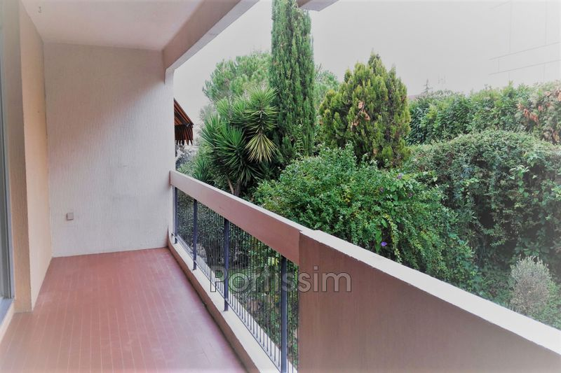 Photo Appartement Saint-Laurent-du-Var Rascas,   achat appartement  3 pièces   67 m²