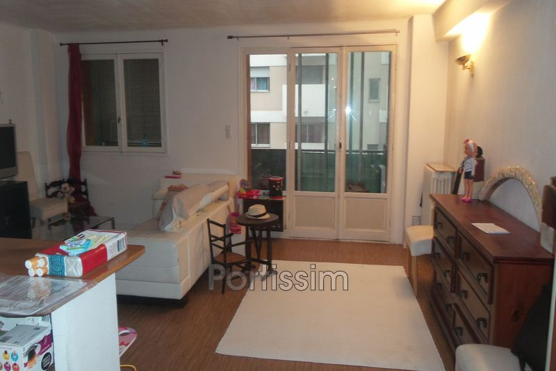 Photo Apartment Cagnes-sur-Mer Centre-ville,   to buy apartment  3 rooms   70 m²