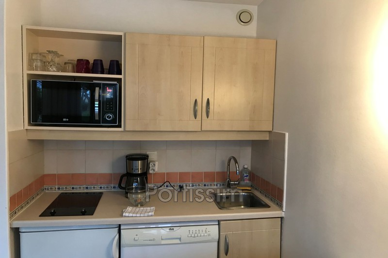 Photo n°6 - Vente appartement Saint-Laurent-du-Var 06700 - 162 000 €