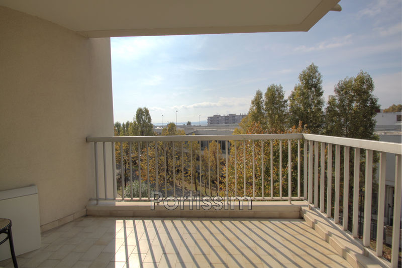 Photo Apartment Cagnes-sur-Mer Bord de mer,   to buy apartment  3 rooms   63 m²