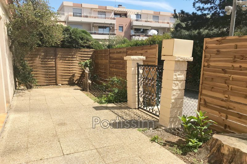 Photo Apartment Saint-Laurent-du-Var Vespins,   to buy apartment  1 room   30 m²