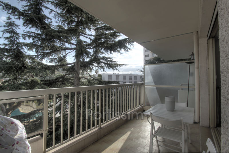 Photo Appartement Saint-Laurent-du-Var Vespins,   achat appartement  1 pièce   35 m²