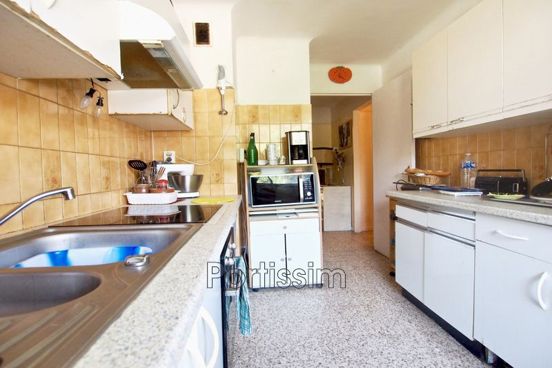 Photo Appartement Saint-Laurent-du-Var Centre-ville,   achat appartement  3 pièces   56 m²