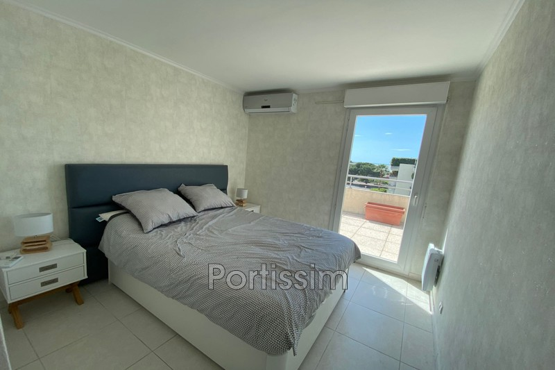 Photo n°7 - Vente appartement Saint-Laurent-du-Var 06700 - 480 000 €