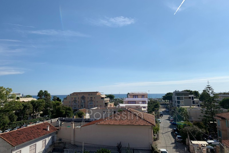 Photo Apartment Saint-Laurent-du-Var Vespins,   to buy apartment  3 rooms   65 m²