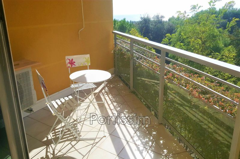 Photo Apartment Saint-Laurent-du-Var Plateaux fleuris,   to buy apartment  2 rooms   40 m²