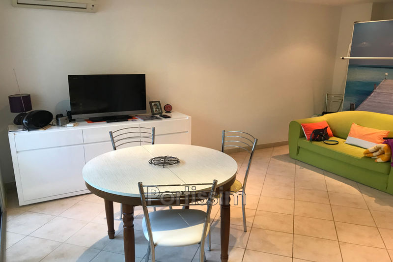 Photo Apartment Cagnes-sur-Mer Proche hippodrome,   to buy apartment  1 room   30 m²