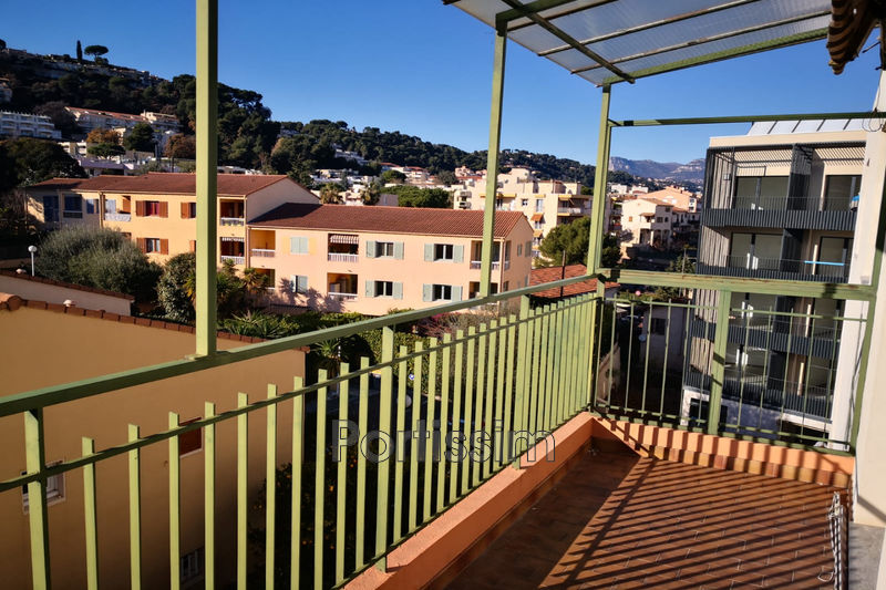 Photo Appartement Saint-Laurent-du-Var Centre ville,   achat appartement  4 pièces   109 m²