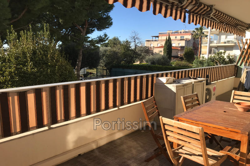 Photo Appartement Saint-Laurent-du-Var Vespins,   achat appartement  2 pièces   52 m²