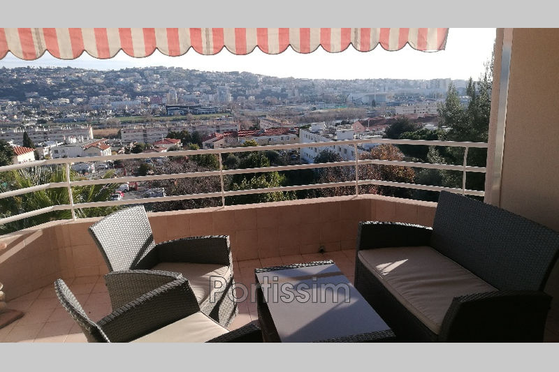 Photo Appartement Saint-Laurent-du-Var Rascas,   achat appartement  4 pièces   77 m²