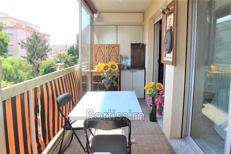 Photo n°1 - Vente appartement Saint-Laurent-du-Var 06700 - 346 000 €