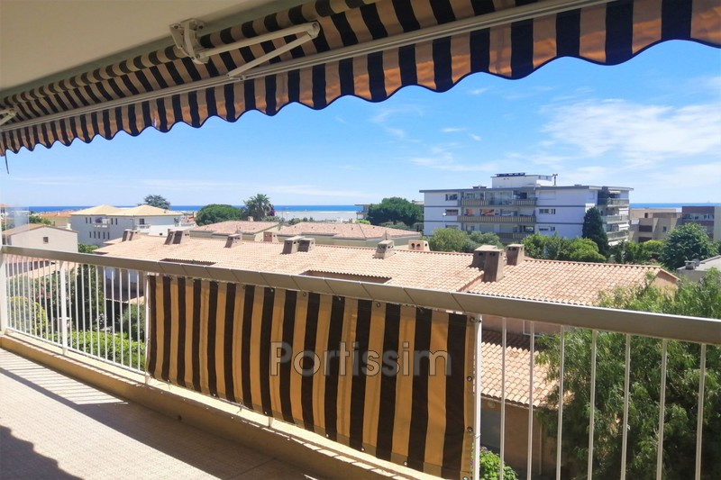 Photo Appartement Saint-Laurent-du-Var Tzanck,   achat appartement  3 pièces   64 m²