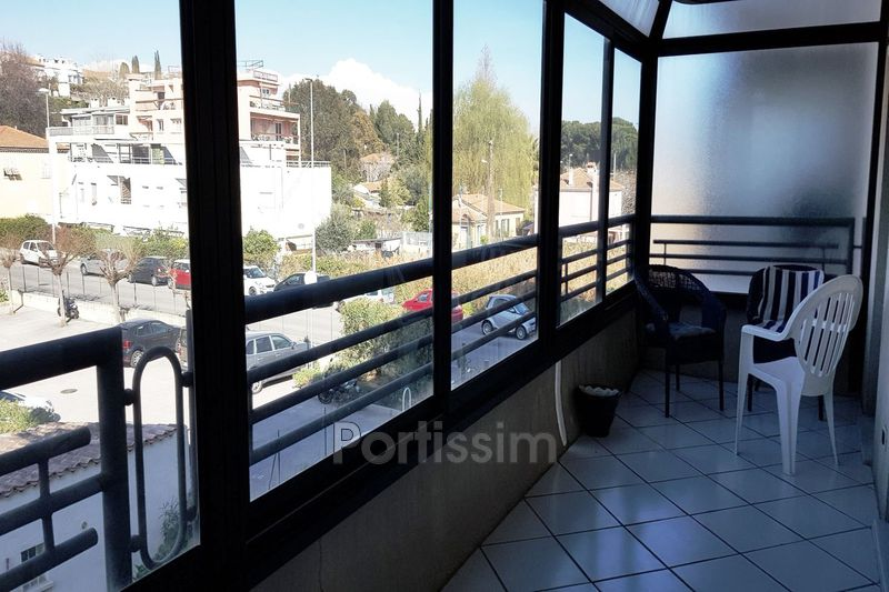 Photo Appartement Saint-Laurent-du-Var Vespins,   achat appartement  2 pièces   63 m²