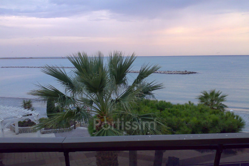 Photo Apartment Saint-Laurent-du-Var Plages,   to buy apartment  3 rooms   77 m²