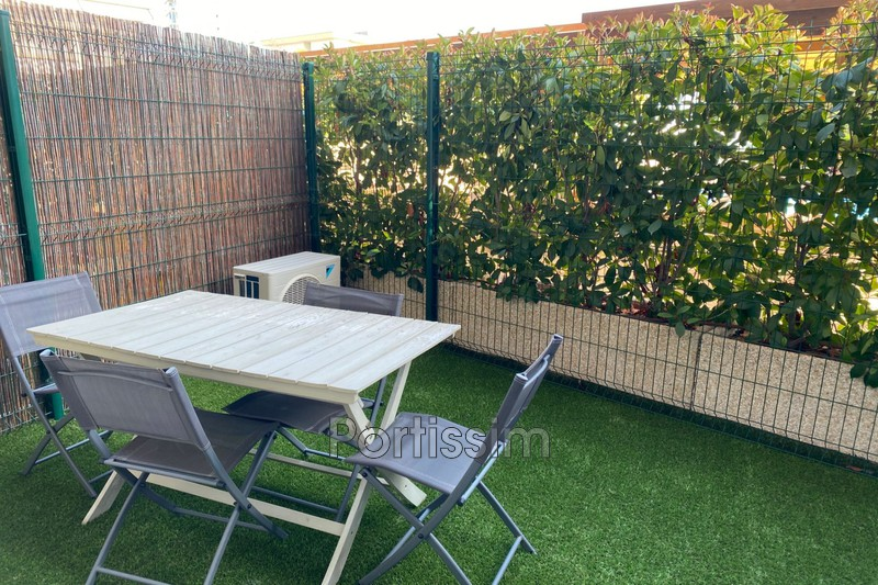 Photo Appartement Saint-Laurent-du-Var Vespins,   achat appartement  2 pièces   37 m²