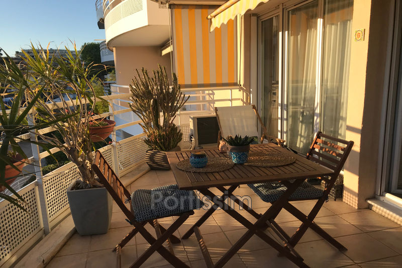 Photo Apartment Cagnes-sur-Mer Vespins,   to buy apartment  3 rooms   65 m²