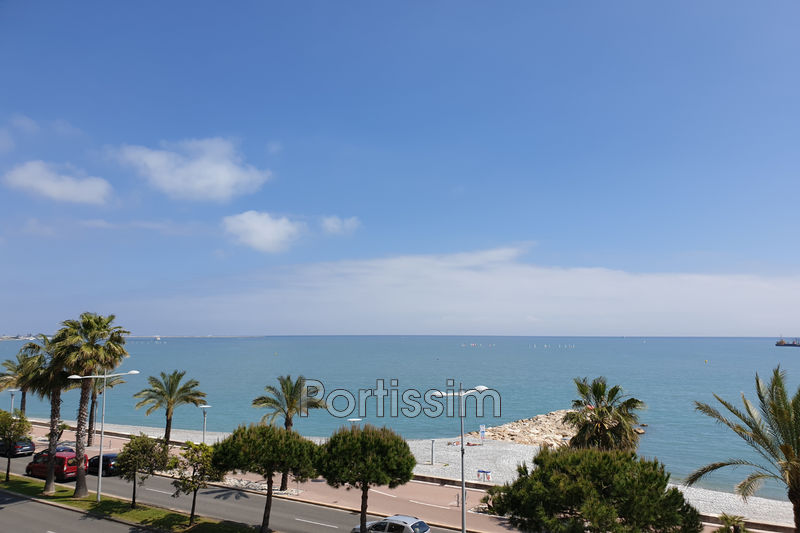 Photo Apartment Cagnes-sur-Mer Plages,   to buy apartment  2 rooms   46 m²