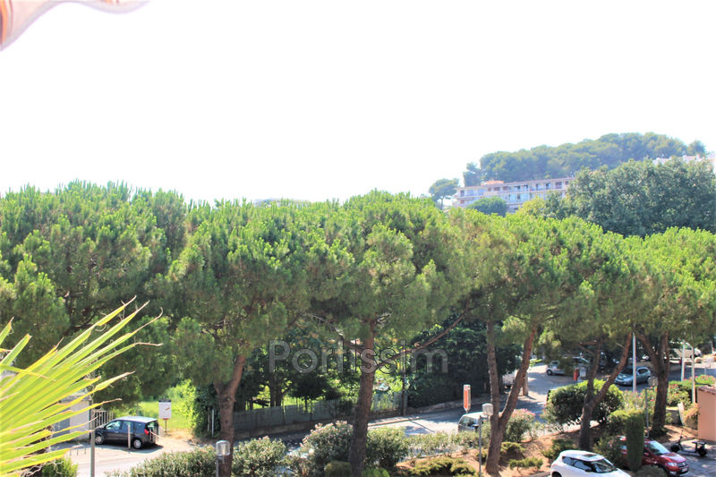 Photo Apartment Cagnes-sur-Mer Val-fleuri,   to buy apartment  2 rooms   31 m²