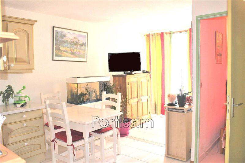 Photo n°3 - Vente appartement Cagnes-sur-Mer 06800 - 136 500 €