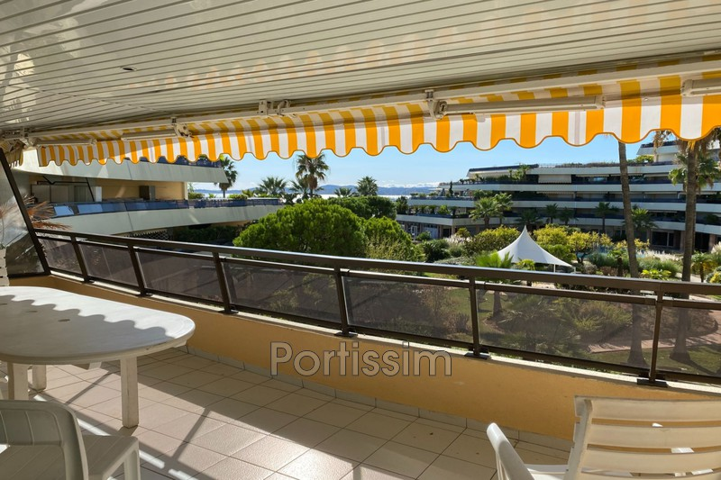 Photo Apartment Saint-Laurent-du-Var Plages,   to buy apartment  3 rooms   97 m²