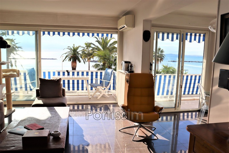 Photo Appartement Saint-Laurent-du-Var Front de mer,   achat appartement  3 pièces   74 m²