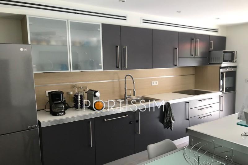 Photo n°3 - Vente appartement Saint-Laurent-du-Var 06700 - 557 000 €
