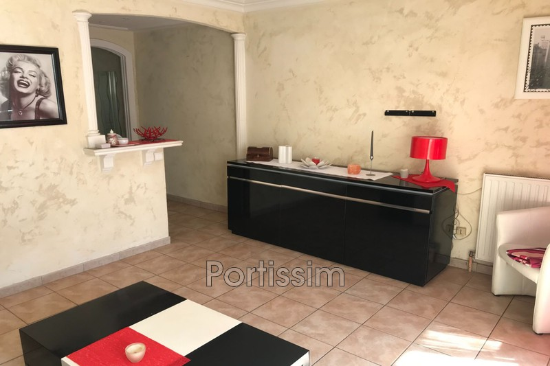 Photo Appartement Saint-Laurent-du-Var Vespins,   achat appartement  2 pièces   34 m²