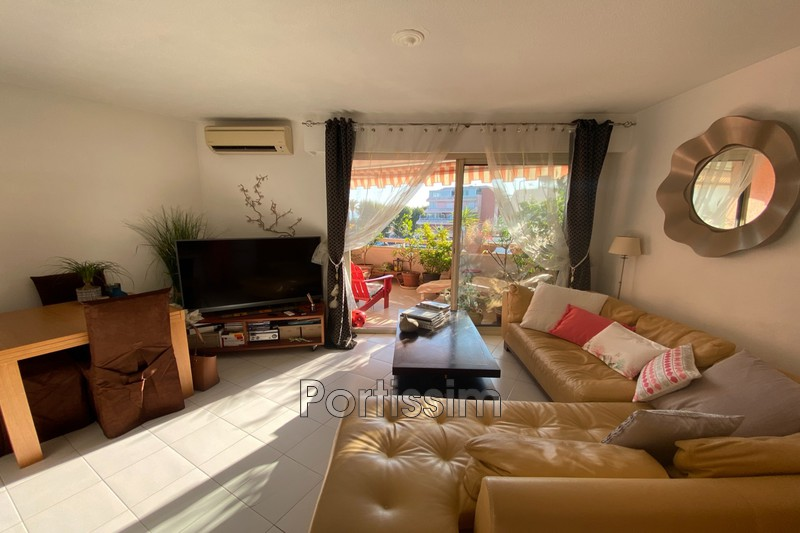 Photo Apartment Cagnes-sur-Mer Vespins,   to buy apartment  2 rooms   38m²