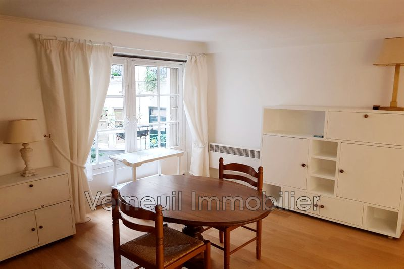 Photo Appartement Paris Rue de verneuil,  Location appartement  1 pièce   30 m²