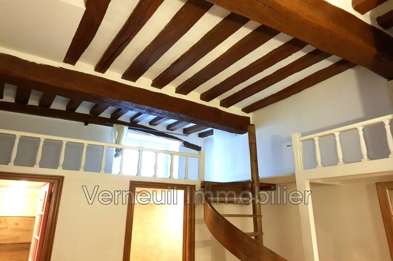 Photo Appartement Paris Rue de lille,  Location appartement  1 pièce   24 m²
