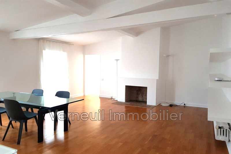 Photo Appartement Paris Rue de lille,  Location appartement  3 pièces   87 m²