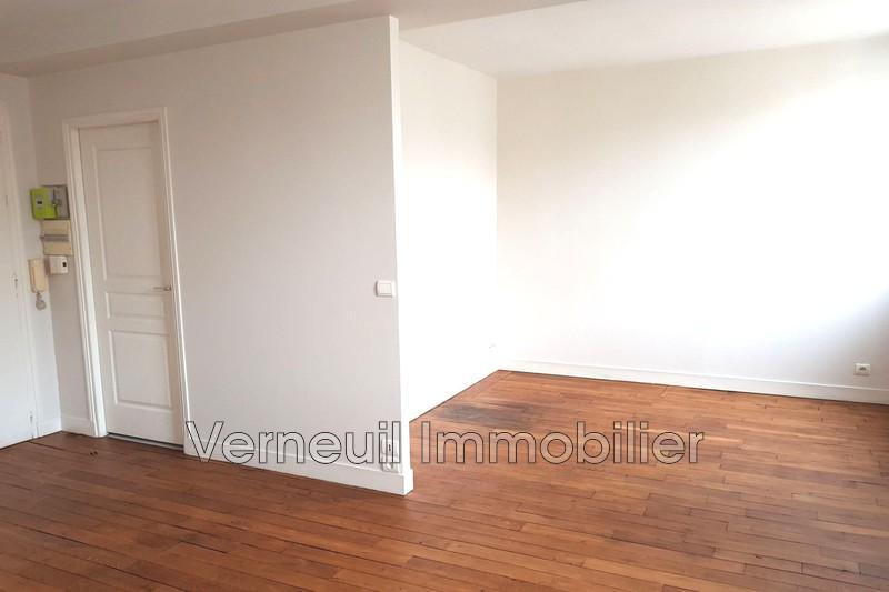 Appartement Paris Rue de beaune,  Location appartement  1 pièce   29m²