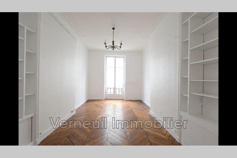 Photo Appartement Paris Rue du pré aux clercs,  Location appartement  1 pièce   45m²