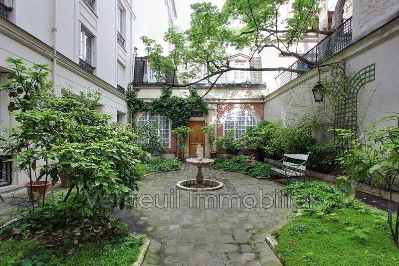 Photo Appartement Paris Centre-ville,   achat appartement  3 pièces   120m²