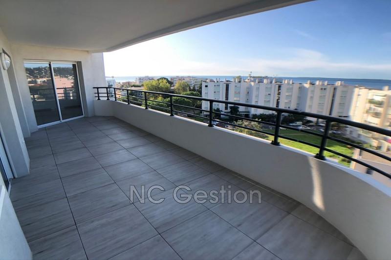Appartement Juan-les-Pins  Location appartement  4 pièces   95m²