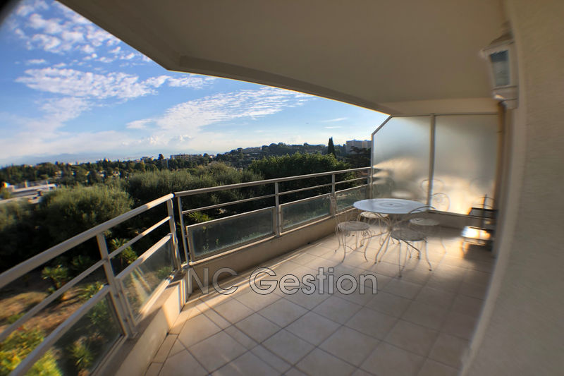 Photo Appartement Antibes  Location appartement  2 pièces   43 m²