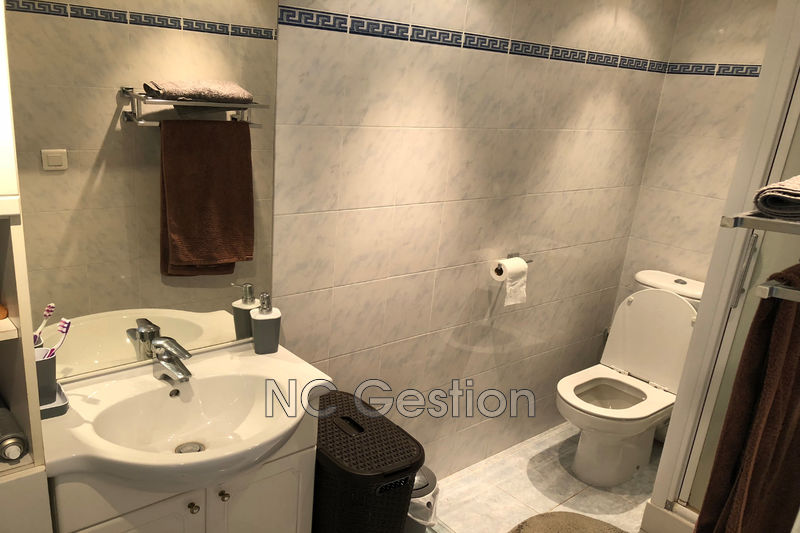 Photo n°2 - Location appartement Cannes 06400 - 680 €