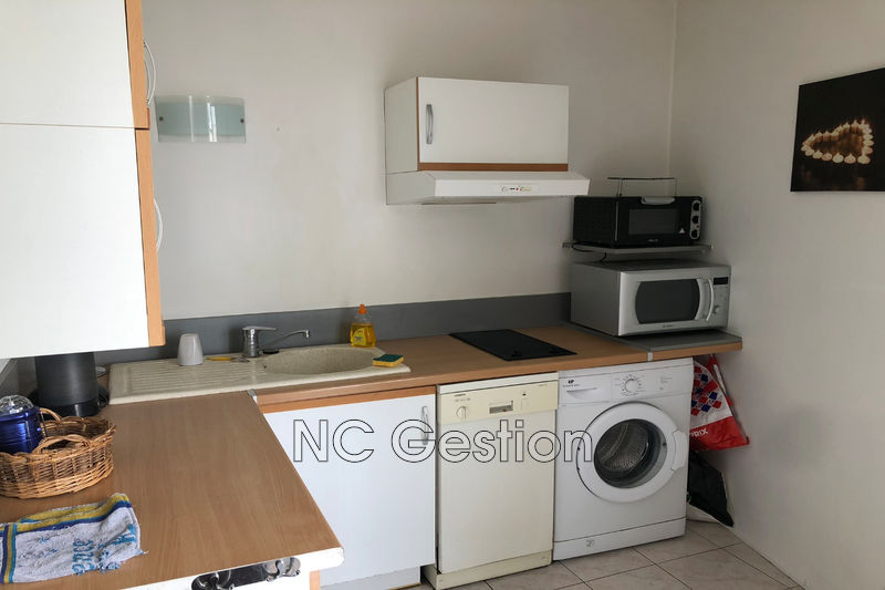 Photo n°4 - Location appartement Cannes 06400 - 680 €