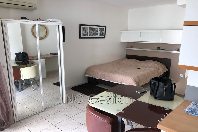 Photo n°5 - Location appartement Cannes 06400 - 680 €