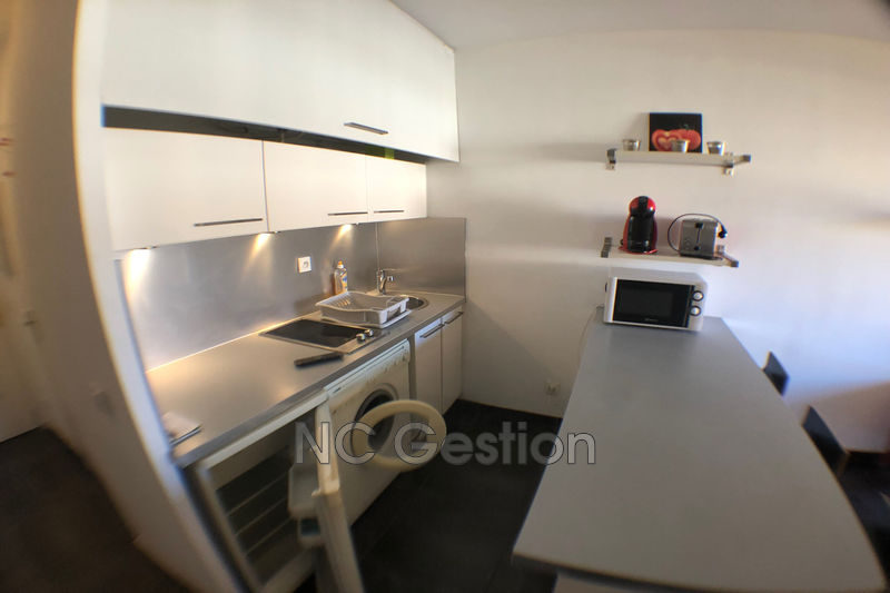 Photo n°2 - Location appartement Golfe-Juan 06220 - 640 €