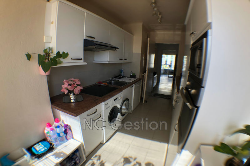Photo n°2 - Location appartement Antibes 06600 - 1 300 €