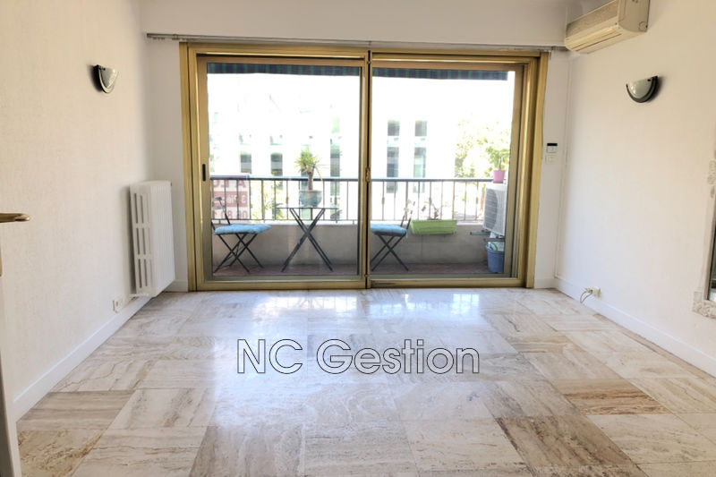 Photo n°12 - Location appartement Antibes 06600 - 1 200 €