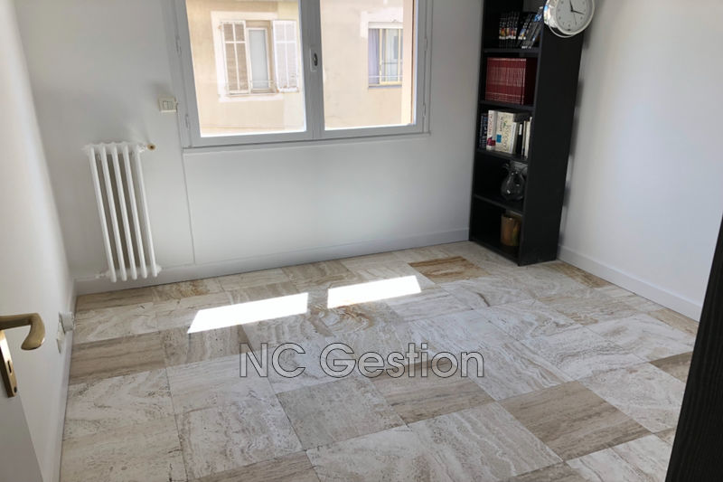 Photo n°4 - Location appartement Antibes 06600 - 1 200 €