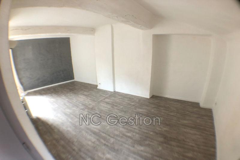 Appartement Grasse  Location appartement  1 pièce   25m²