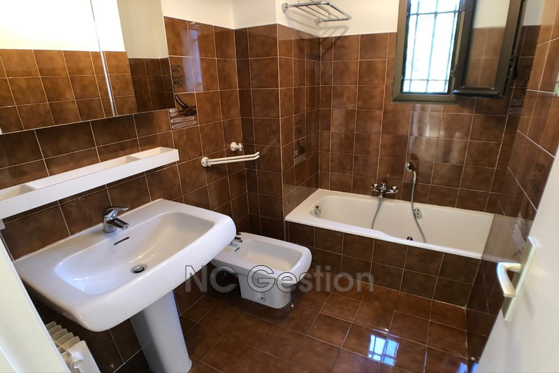 Photo n°4 - Location appartement Antibes 06600 - 905 €