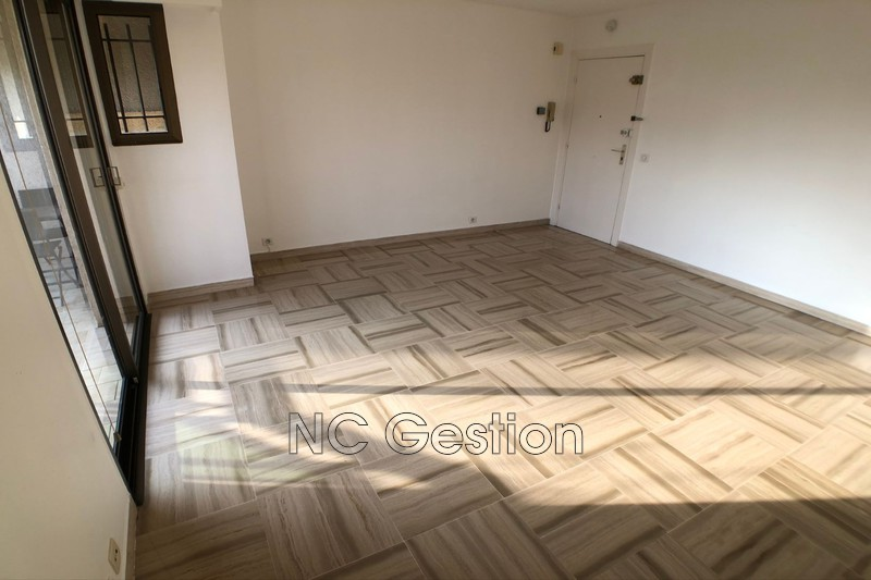 Photo n°7 - Location appartement Antibes 06600 - 905 €