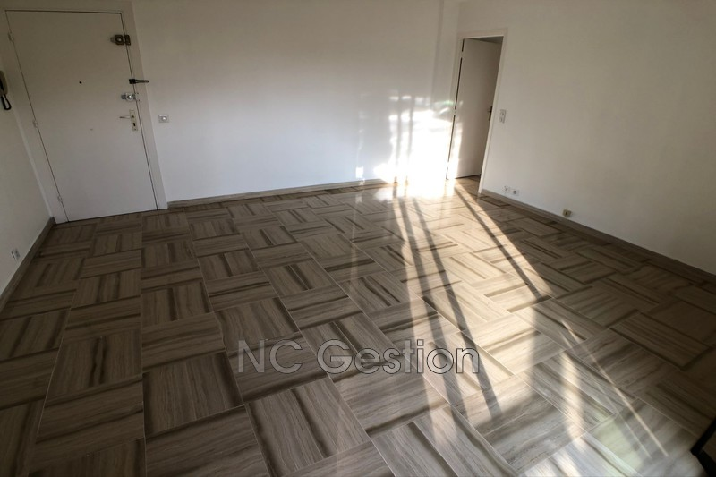 Photo n°8 - Location appartement Antibes 06600 - 905 €
