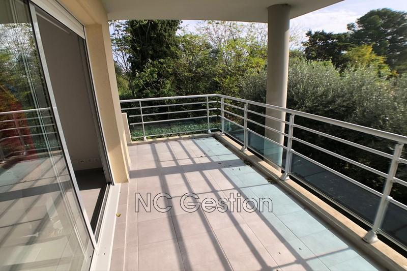 Appartement Juan-les-Pins  Location appartement  3 pièces   64m²