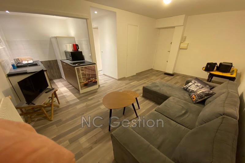 Appartement Le Cannet  Location appartement  2 pièces   35m²